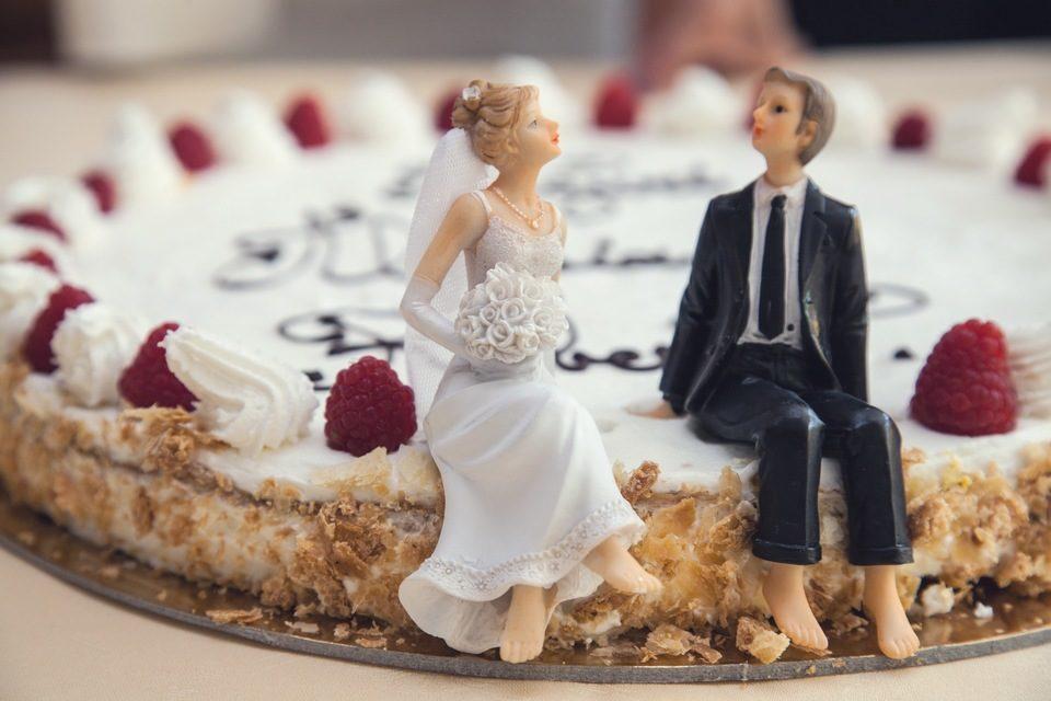 esküvő harmónia béke torta